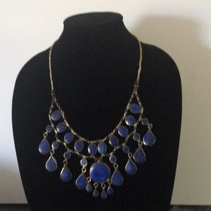 Bead blue stone necklace